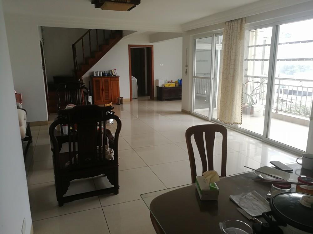 复式楼可商业或住宿,价格可商量