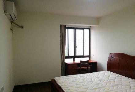 彰泰睿城,90平米,三室两厅一卫精装修月租2800
