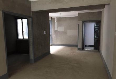 国惠村公务员小区三房两厅出租(毛坯140平)