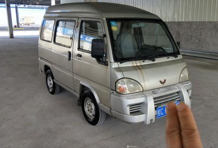 20100款五菱面包车带空调