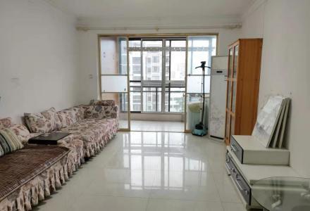 出租象山区安夏世纪城漓江畔精装2房2厅1卫88平2600月拎包住