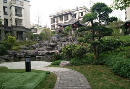 象山 安夏世纪城 漓江畔洋房底层复式带院子 花一层的钱得两层 实用400平230万