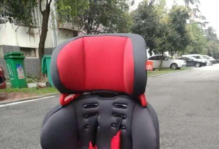 小轿车专配儿童安全座椅