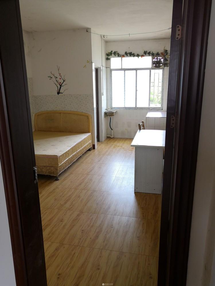 桂林航天工业学院附近两房一厅出租