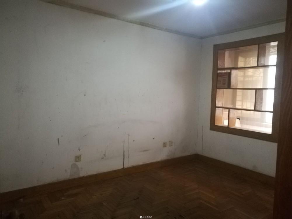瓦窑电厂宿舍 2房1房+杂物间 2楼 有钥匙方便看房 平山小学