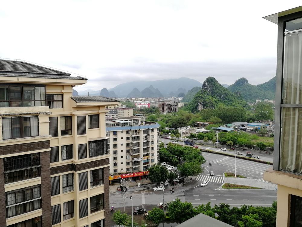 HK石油小学 联发·君澜天地 电梯顶楼复式 实用230平米 双露台 清水房