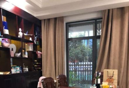 H 临桂九里香堤 豪装双拼大别墅256㎡5房3厅拎包入住