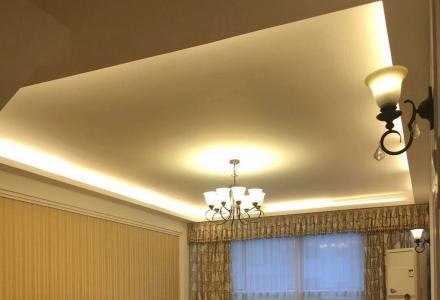 SPY龙隐学区【东岸枫景】顶楼电梯7楼复式5室3厅实用250面积+露台 售260万