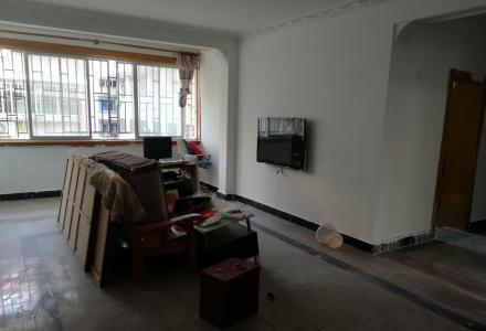 施家园85平大两房,黄金地段带杂物间,非中介,房东出租非诚勿扰