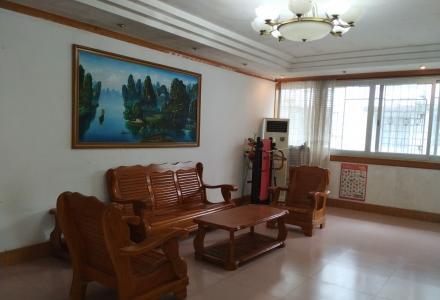 桂山大酒店旁供电局宿舍小区三房二厅二卫1700