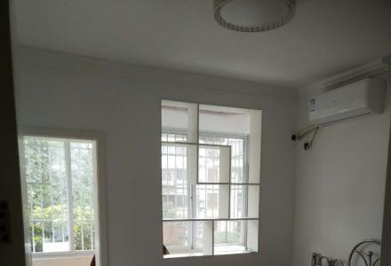 篦子园3楼2房1厅家电齐全新装修1000元 有钥匙看房方便