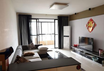 m澳洲假日,3房2厅2卫,5楼,118平米,精装修,家具齐全