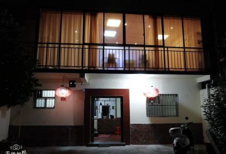 七星公园大门旁桂花园别墅 4室4厅2卫 314平米