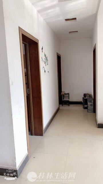 临桂区人民路212号,桂林医学院二附院旁边临桂区疾控中心集资房,四房两厅两卫出租