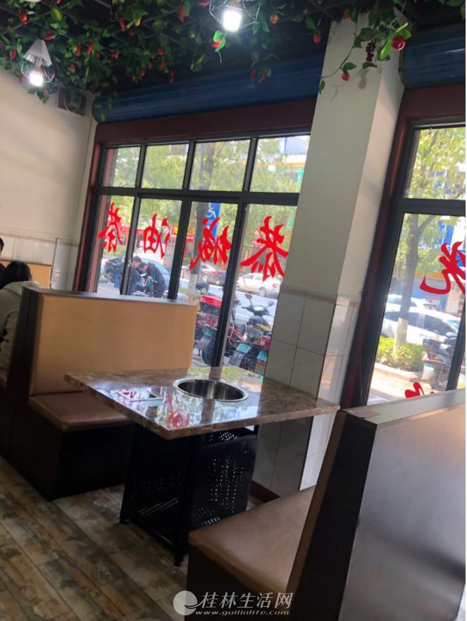 临桂虎山路饭店转让 配有KTV 豪华装修