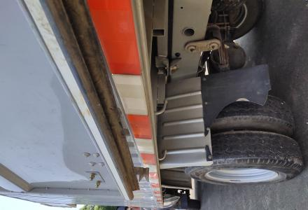 整装的1.5排量长安厢式货车