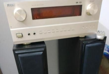 标题:极低价处理飞达立体声音响一套。(含音箱两个,功放一台),总价400元