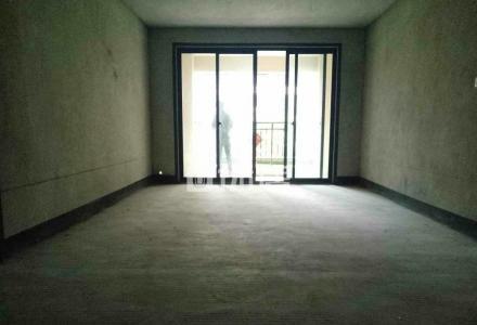 ★兴进臻园电梯中层三房两厅两卫98万,带车位110万