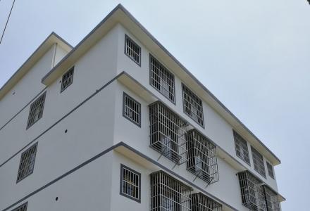 雁山良丰农场对面自建房共四层整栋出租,可做厂房、员工宿舍,租金便宜