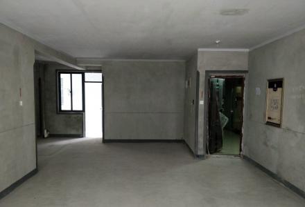 冠泰城国 电梯2楼 155平4房2厅2卫 南北通透 户型方正