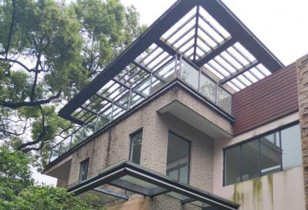 市区中心独栋别墅龙隐学区带前后大花园到超大露台