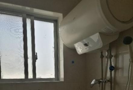 临桂建设路33号三室二厅二卫