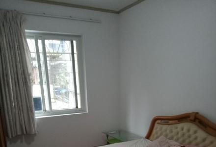 龙隐桥头2房2厅加地下室10平方挺电动车