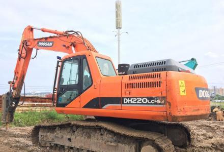 15款斗山220-9E挖掘机转让