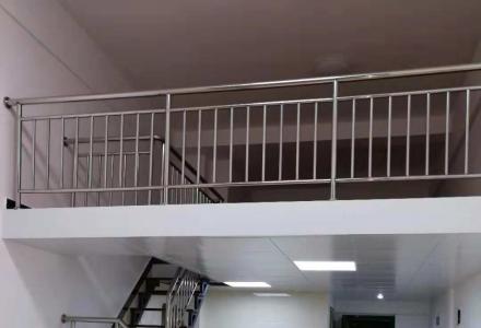 (非中介)出租临桂花样年花样城5B-1129写字楼精装修办公兼住宿
