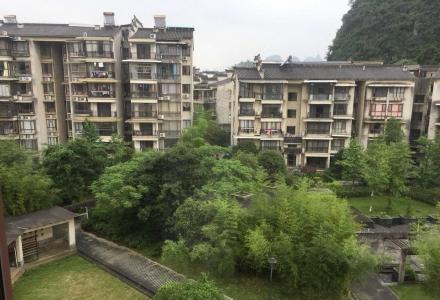 m桃源居清华园旁西岭御景中装电梯三房122平 仅售82万