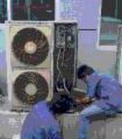 桂林专业维修挂机空调.柜机空调.中央空调.水冷机组加氟等