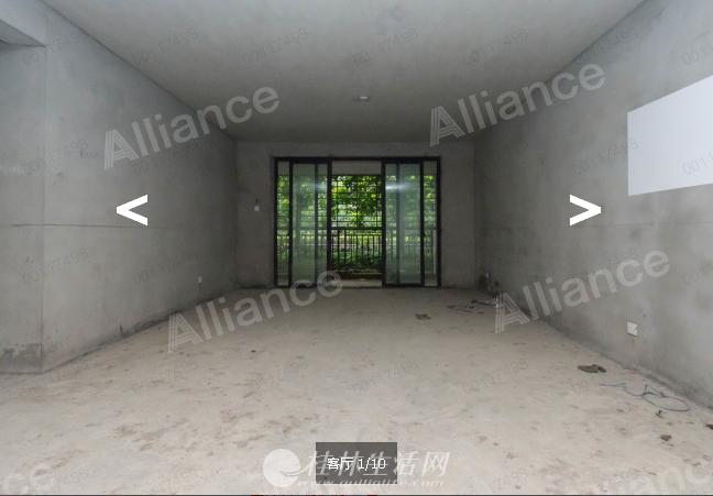H秀峰区中银路广源国际1楼毛坯3房2厅2卫136平90万低价出售