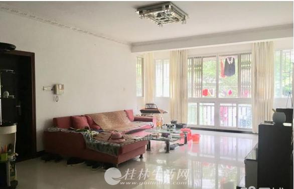 明珠小区3房2厅2卫72万出售实际使用面积130多平
