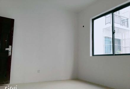 漓江郡府旁靠街一楼带门面360平米商用房型出租