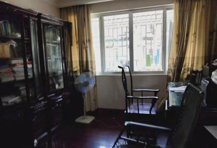 xq急售中华小学产权140平米送四十平米露台和红木家具165万