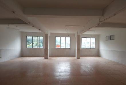 90平大厅出租,可做工作室,画室等