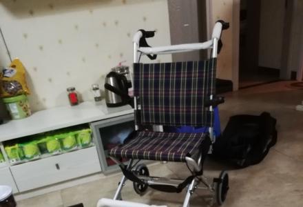 低价处理全新轮椅一部