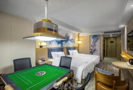 桂林东安街新准五酒店转让,装修还没到一年,合同还剩19年,租金低,客源稳定,共120