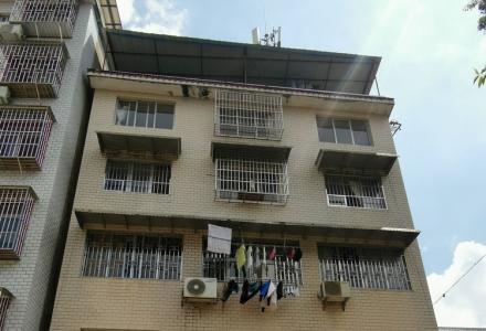 90平米大厅出租,另有一房一厅,三房一厅等