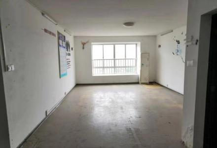 桂林市中心黄金地段 漓东休闲小区 人流量大 3室2厅2卫商铺出租