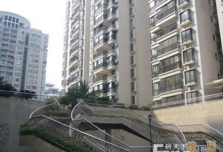 桂圳城市领地一房一厅一卫(白领公寓)出租(非中介)