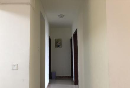 本人新房子弄好了,现有三房两厅出租!