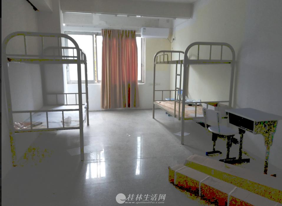 山中路宝贤中学旁临街二楼220平米175万 可做培训机构,美容美体