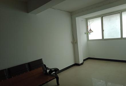 五交机电市场楼上住宅4楼二房二厅出租 可拎包入住