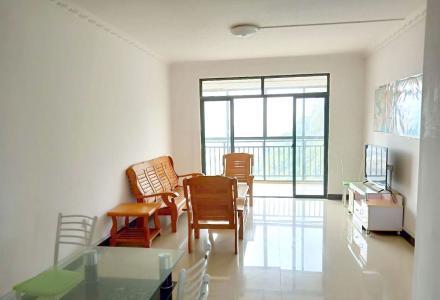 飞扬国际三房两厅两卫,一院两馆近,环境好。
