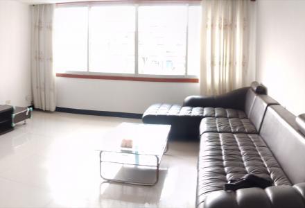 高新区骖鸾路2房1厅出租
