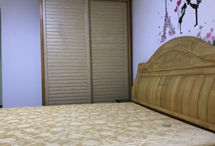 七星区汇景东城三房两厅两卫家具家电齐全出租