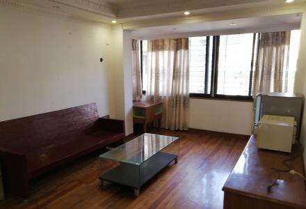 H榕湖小学后门大1房改成2房家电家具齐全拎包入住