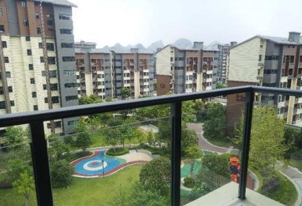 榕湖分校旁新装修3房2厅2卫出租