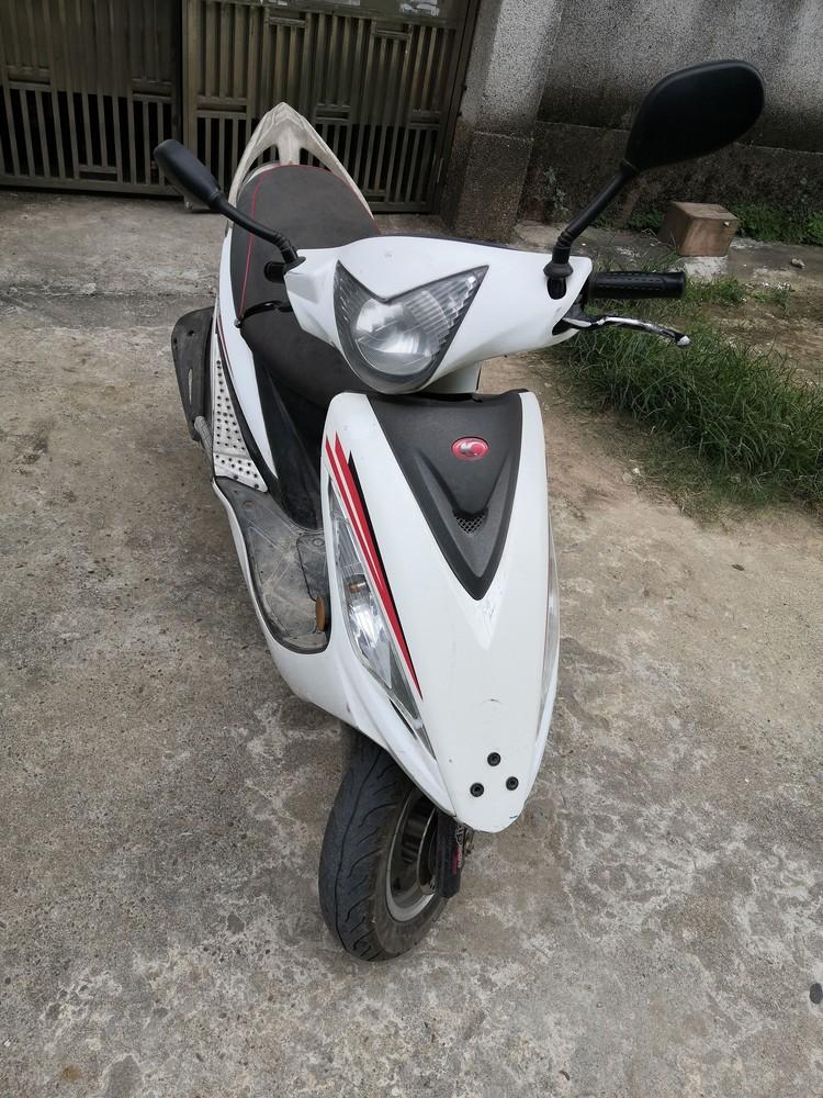 无牌照光阳110摩托车出售
